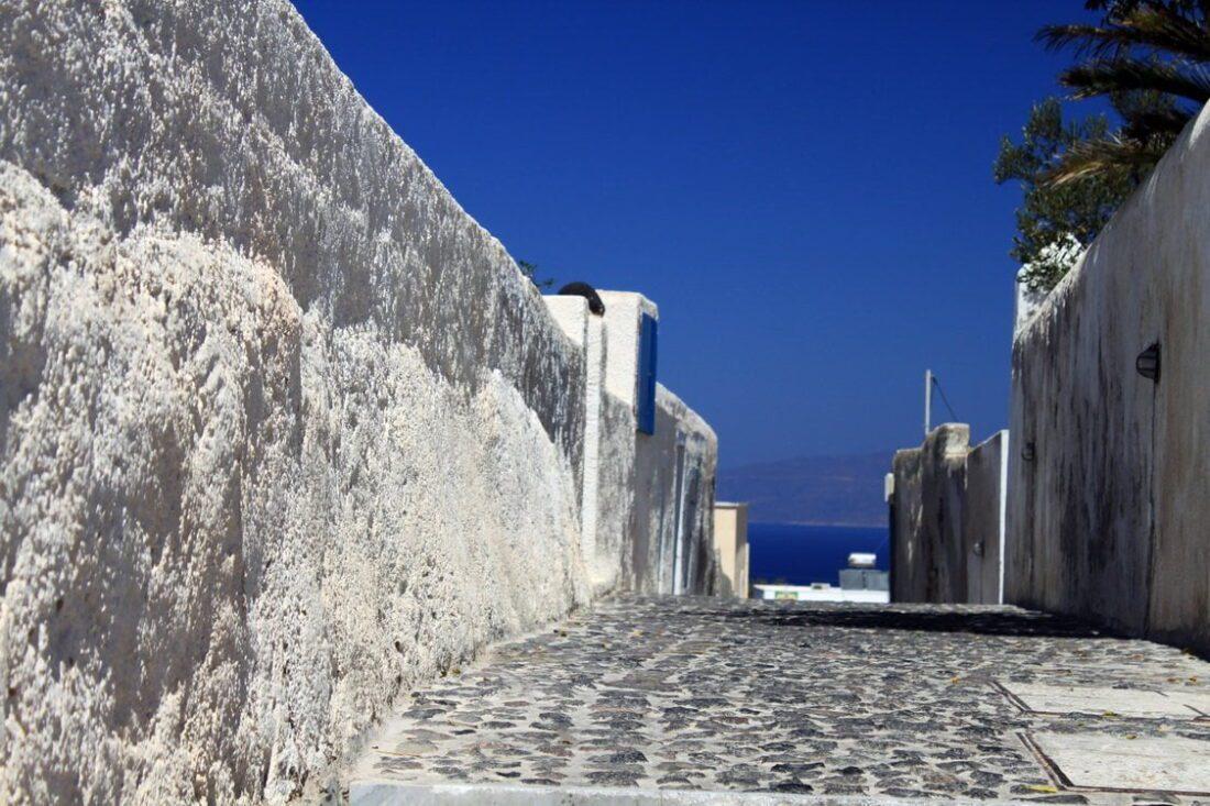 uliczka na Santorini