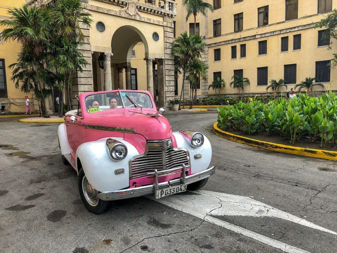 zabytkowy samochodów w Hawanie