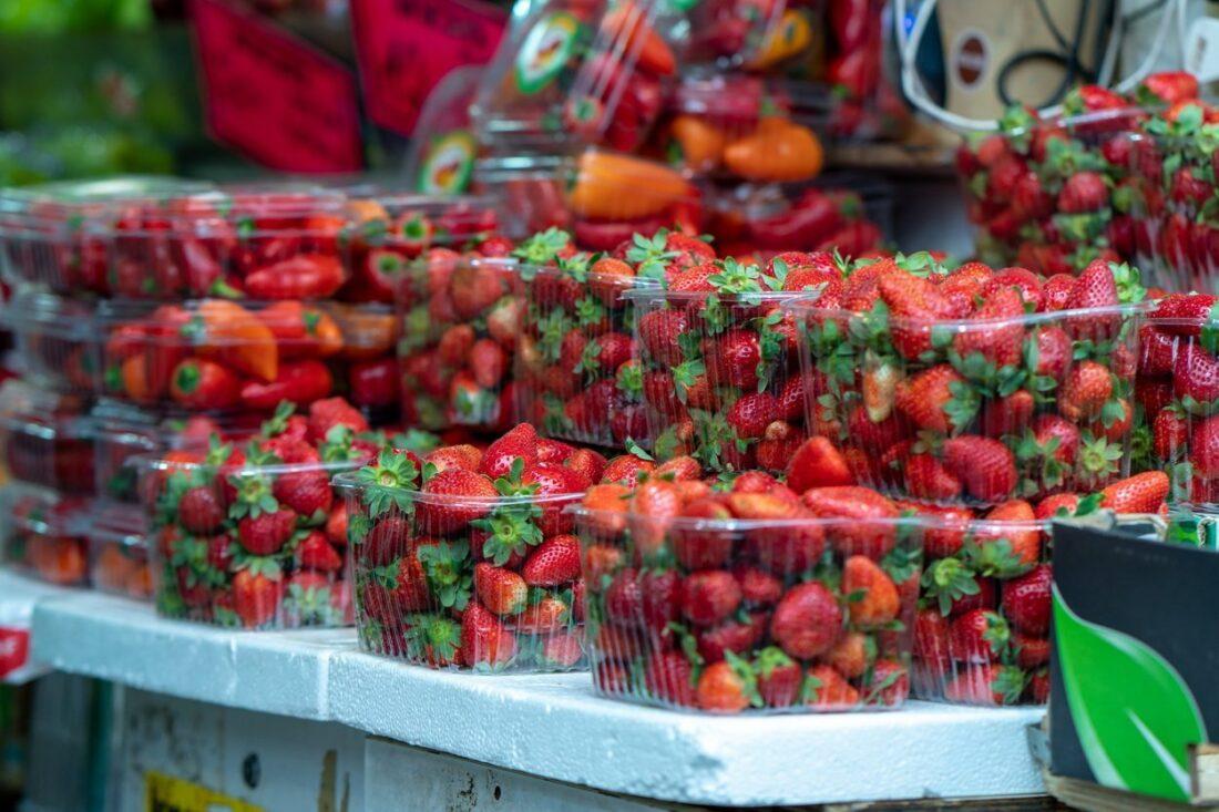 truskawki na Yehuda Market w Jerozolimie