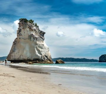 cathedral cove - nowa zelandia